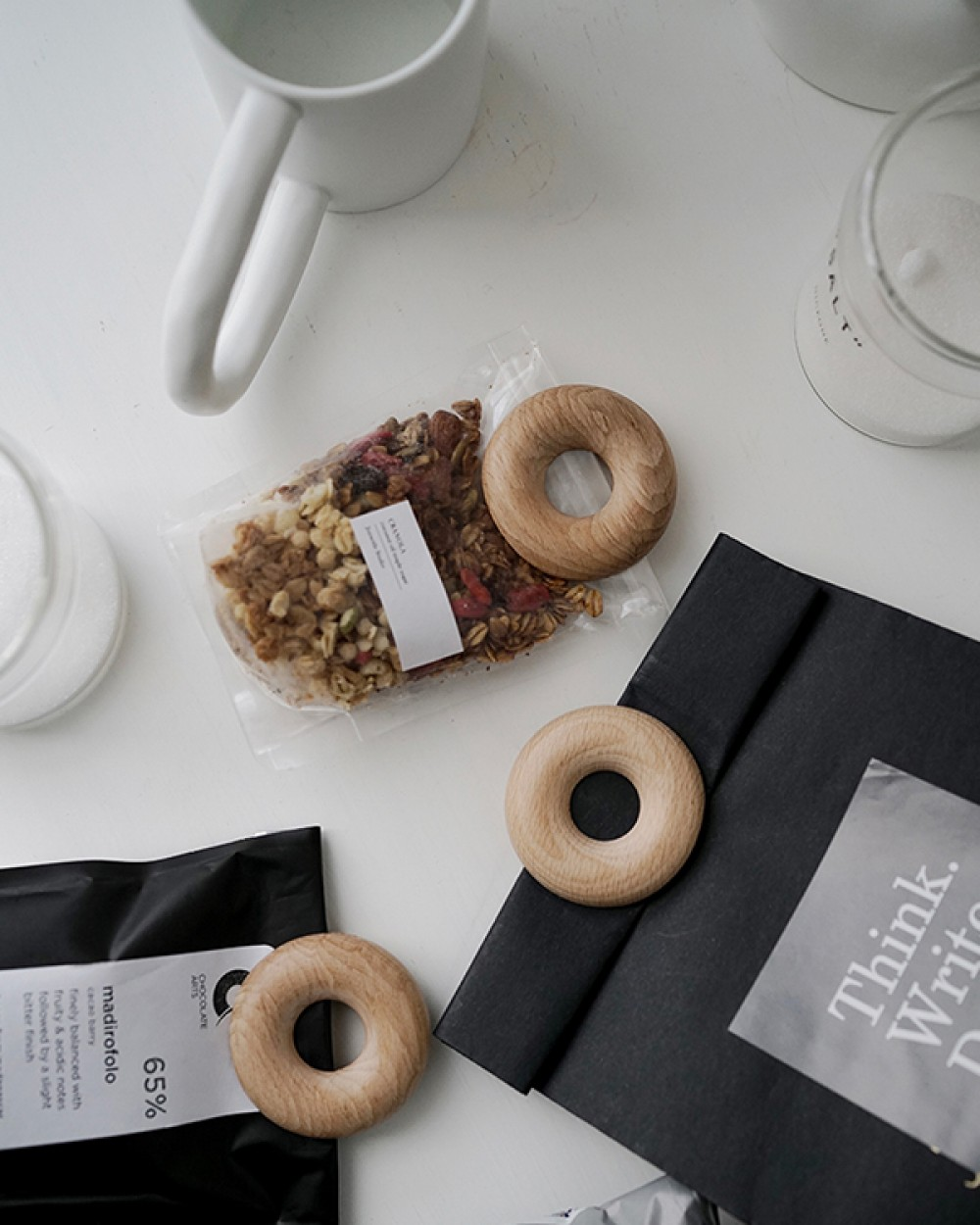 Donut Wood Clip